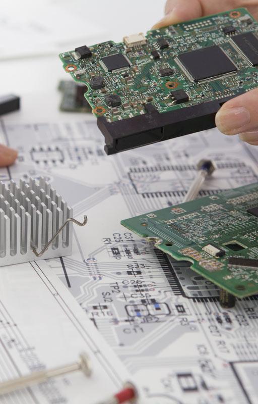 GBM fotografía de sección servicios ingeniería eléctrica e informática